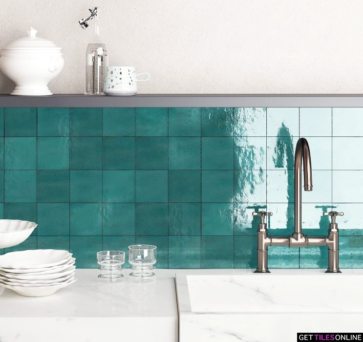 Casaba Turquoise Gloss 120x120 (Code:02035)