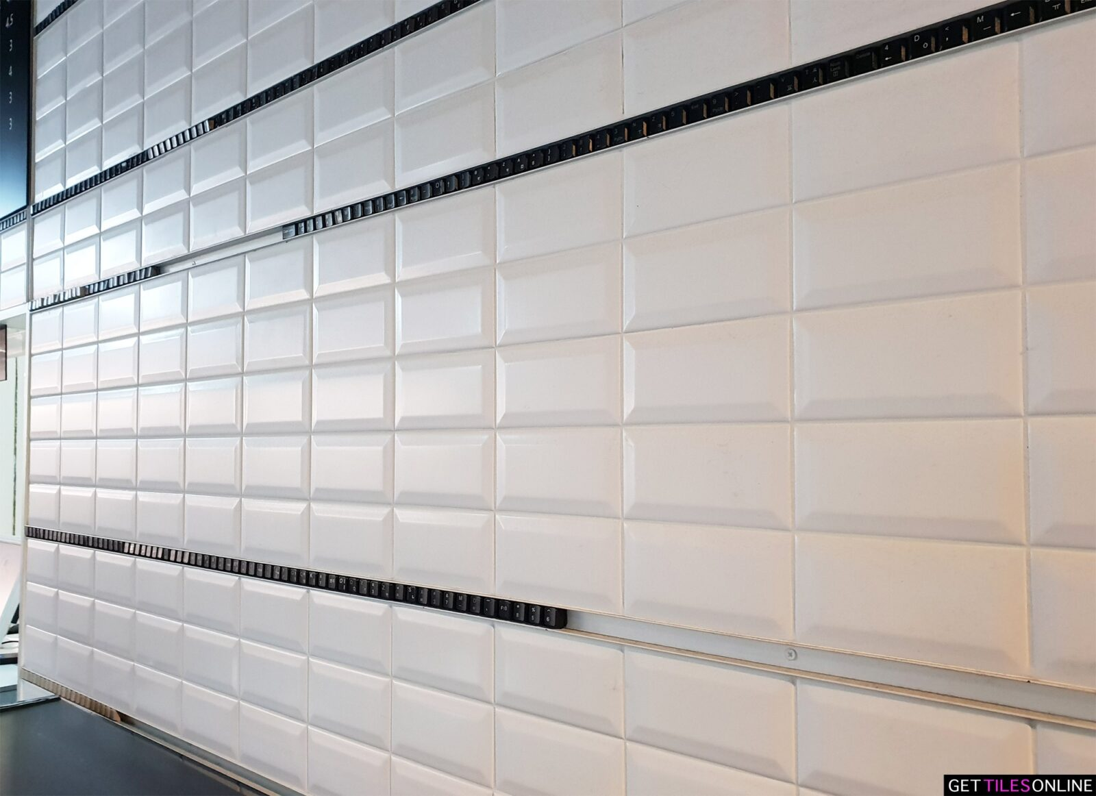 Matt White Bevelled 75x150 Wall Tile (Code:00606)