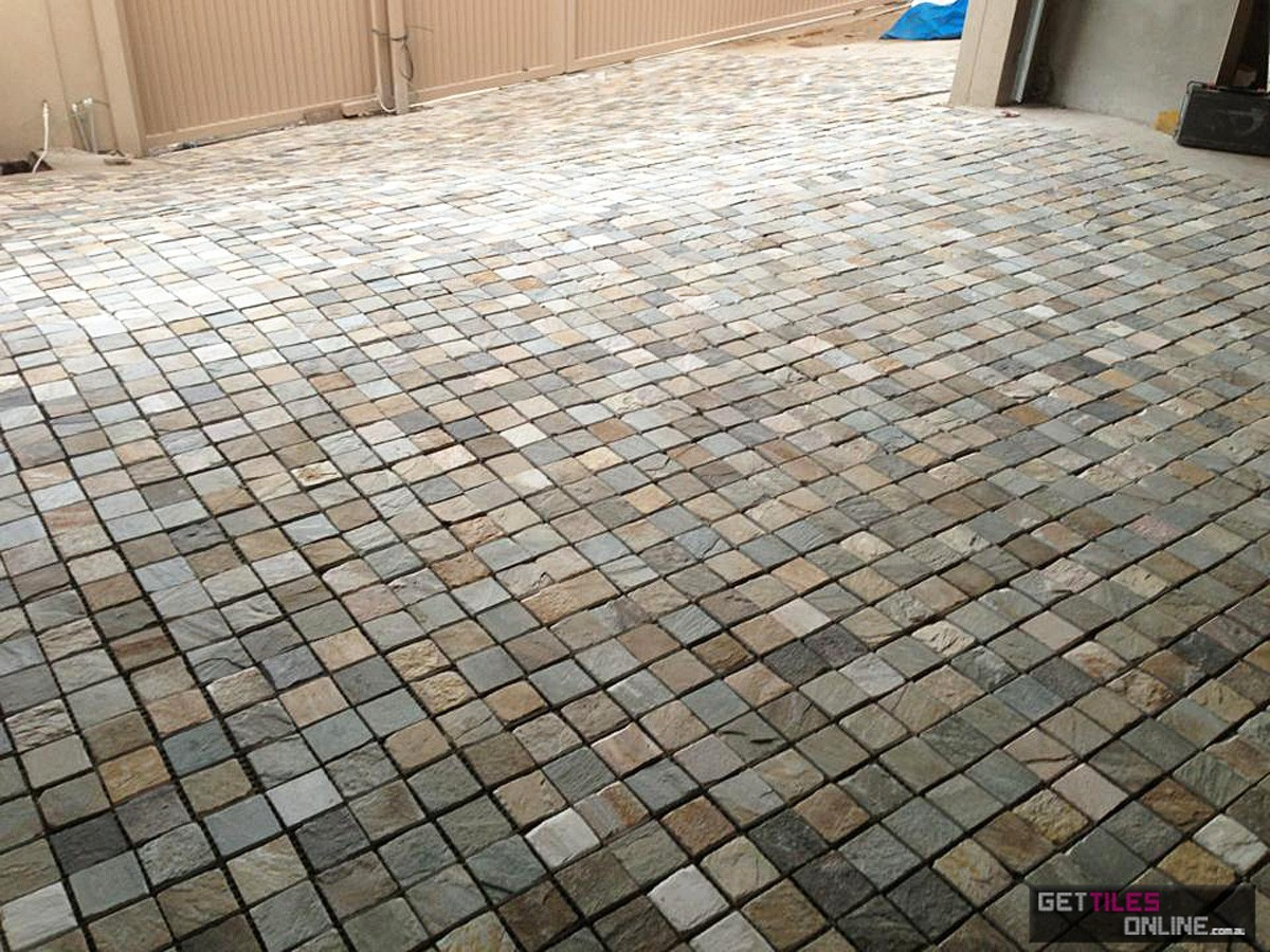 Porch Gold Quartz Cobble Stone 300x300 (Code:00501)